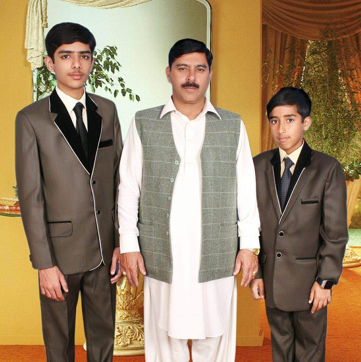 sahiwal board topper Ahsan Hanif choudhry with his brother and father
