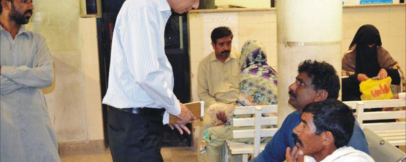 dc okara Rizwan akhter visits land Record center