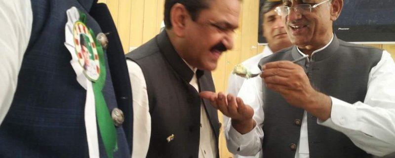 no confidence move against mian fakhar masood bodla