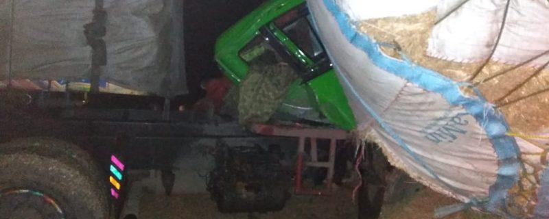 hujra accident,2 killed