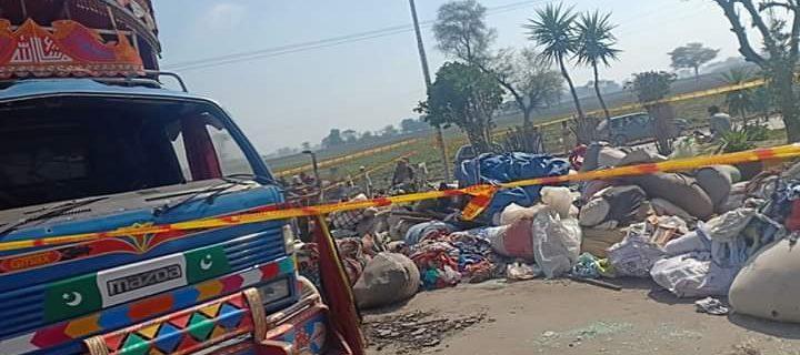 okara 3 sales man killed in pakpatton accident