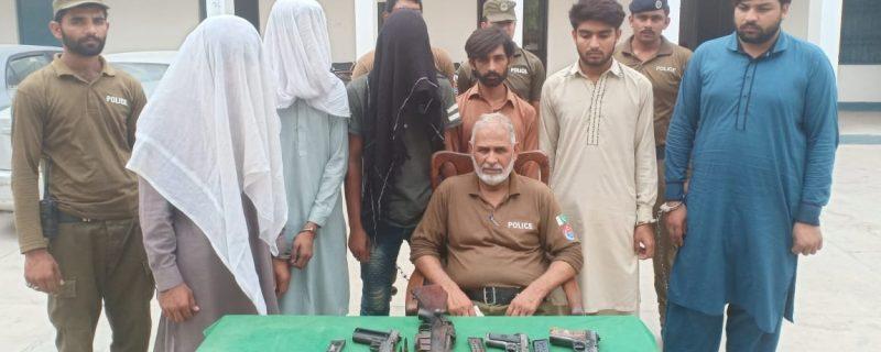 daket gang arrested by thana a division okara